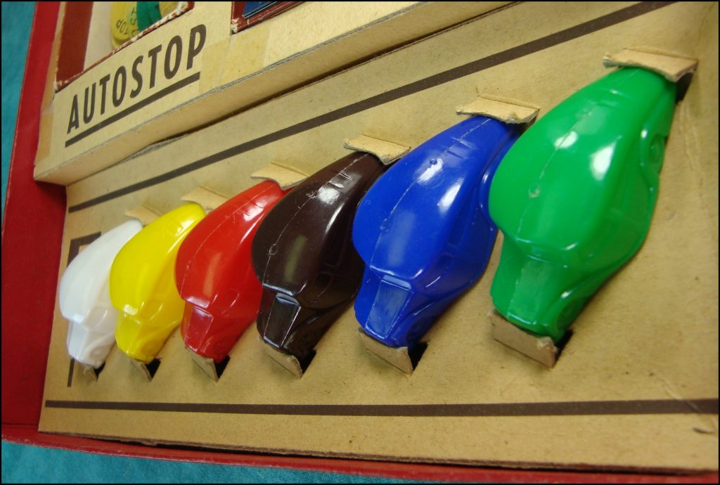 1951 ; L'autostop ; Edmond Dujardin ; Arcachon ; vintage car-themed board game ; ancien jeu de société automobile ; Antikes Brettspiel Thema Automobil Autospiel ;