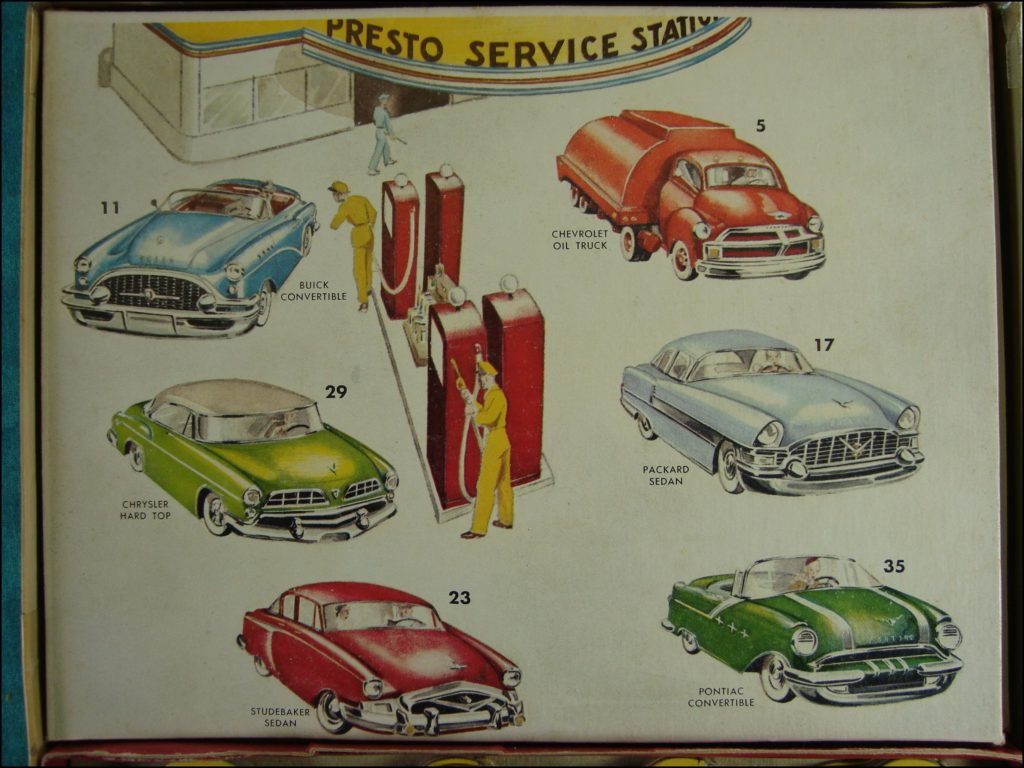 Brettspiel ; Board game ; Jeu de société ; 1955 ; Automobile Stand Up lotto ; Gabriel & Sons ; Buick ; Chevrolet ; Chrysler ; Packard ; Studebaker ; Pontiac ;