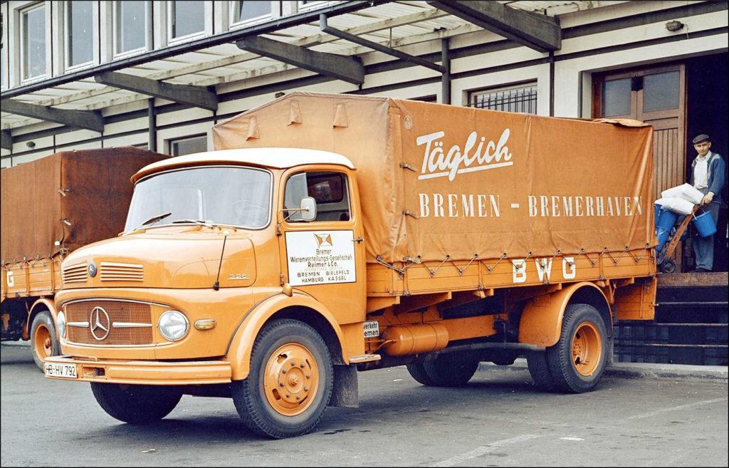 1963 ; Kapitäne der Landstraße ; Nürburg Spiele ; LKW M.A.N. MAN 415 diesel ; Mercedes L 322 truck ; vintage car-themed board game ; ancien jeu de société automobile ; Antikes Brettspiel Thema Automobil Autospiel ;