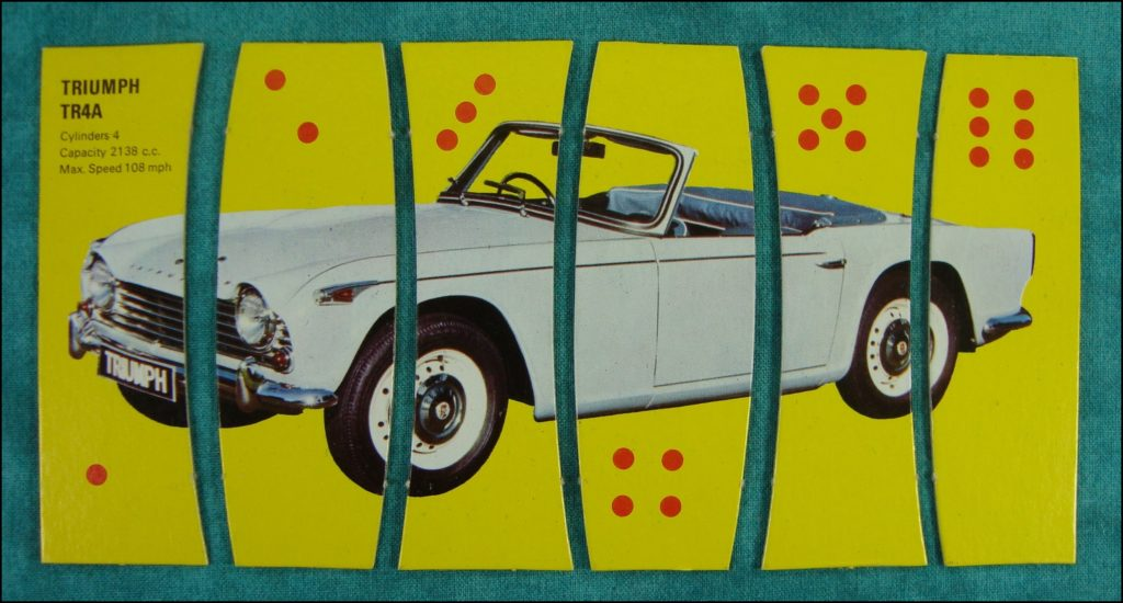 Brettspiel ; Board game ; Jeu de société ; 1967 ; Car Capers ; Spear's Games ; Morris Mini Minor ; Hillman Hunter ; Ford Cortina ; Triumph TR4 ; Rolls Royce ; Vauxhall VX4 ; Volkswagen V.W. 1300 ; Hispano Suiza ; Rover Mark 3 ; Jaguar Type E ; Ford Corsair