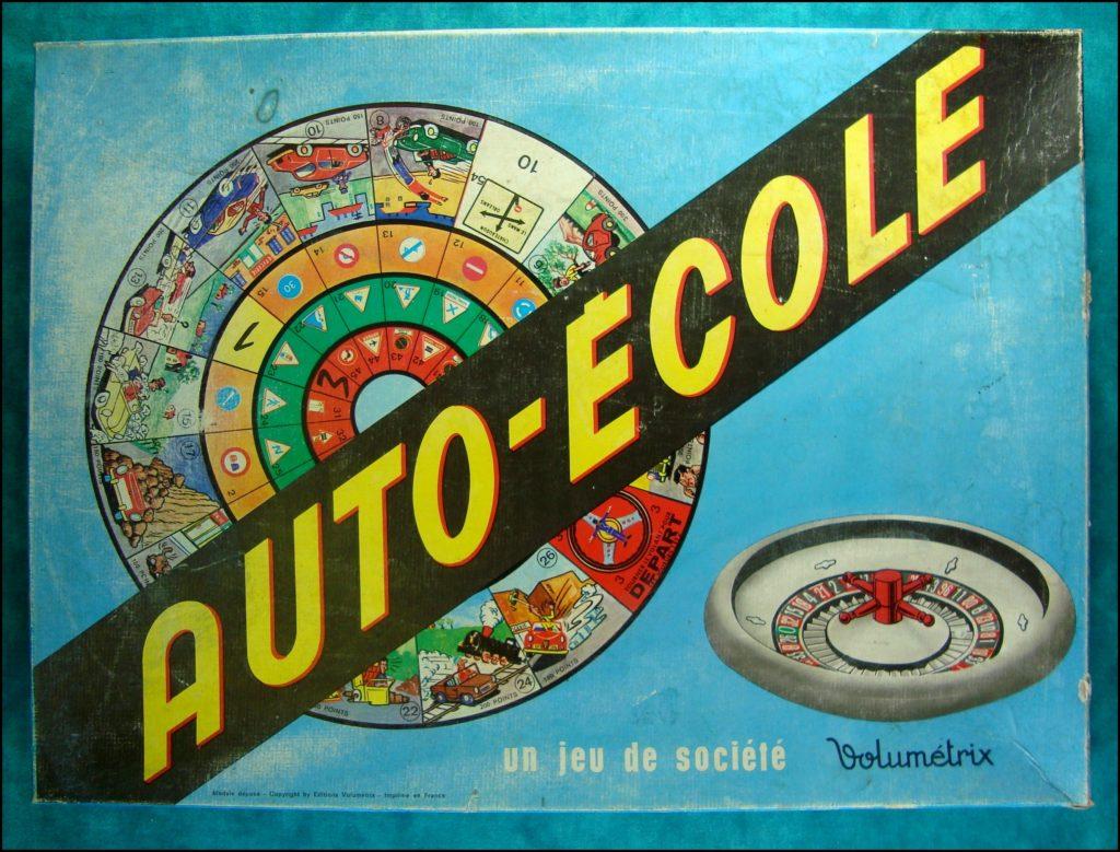 1969 - Auto-école ; Volumétrix ; Renault Estafette ; Renault Dauphine ; Police ; vintage car-themed board game ; ancien jeu de société automobile ; Antikes Brettspiel Thema Automobil Autospiel ;