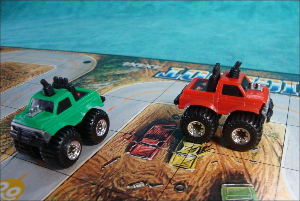 Brettspiel ; Board game ; Jeu de société ; 1985 ; MB ; Milton Bradley ; Bigfoot 4x4x4 ; Monster Trucks ; Porsche ; Ferrari ; Chevrolet Corvette ; Lamborghini ;