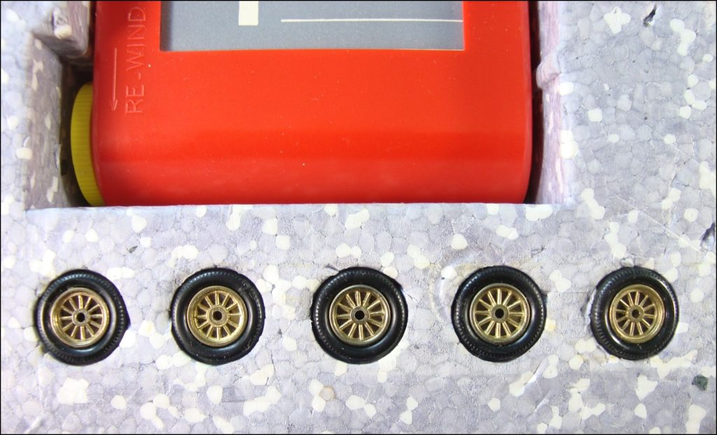 Brettspiel ; Board game ; Jeu de société ; 1965-1970 ; London to Brighton ; Veteran car game ; Fernel ; Matchbox ; Model of Yesteryear ; 1/43 ; Rolls Royce Silver Ghost 1907 ; Spyker 1904 ; R.A.C. ; Royal Automobile Club