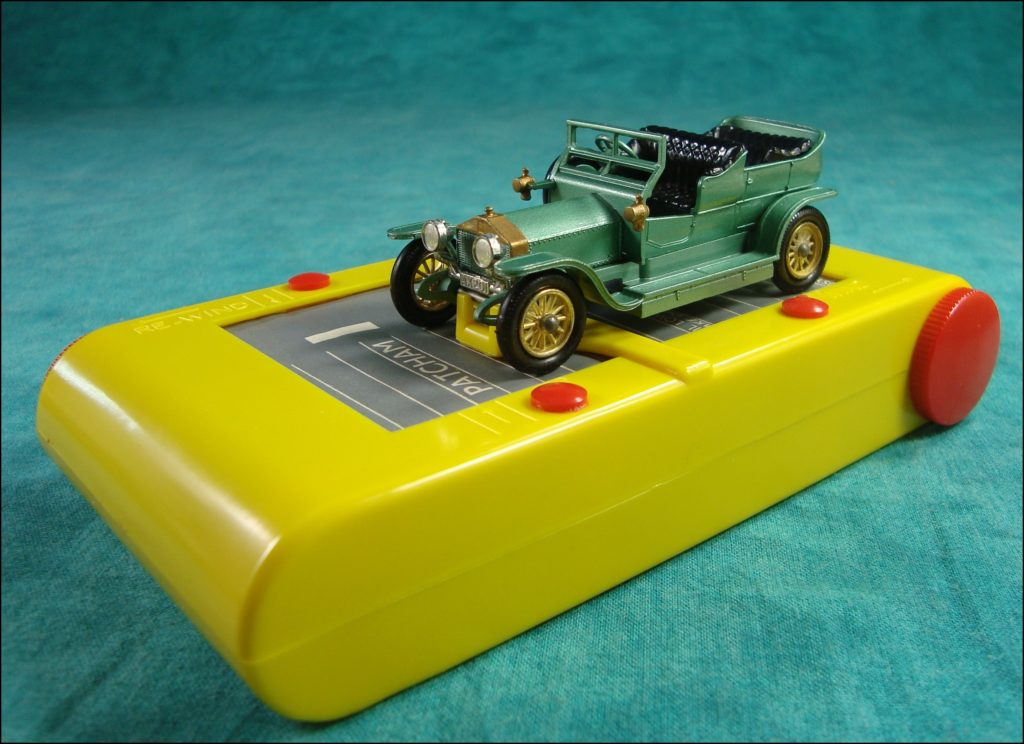 Brettspiel ; Board game ; Jeu de société ; 1965-1970 ; London to Brighton ; Veteran car game ; Fernel ; Matchbox ; Model of Yesteryear ; 1/43 ; Rolls Royce Silver Ghost 1907 ; Spyker 1904 ; R.A.C. ; Royal Automobile Club