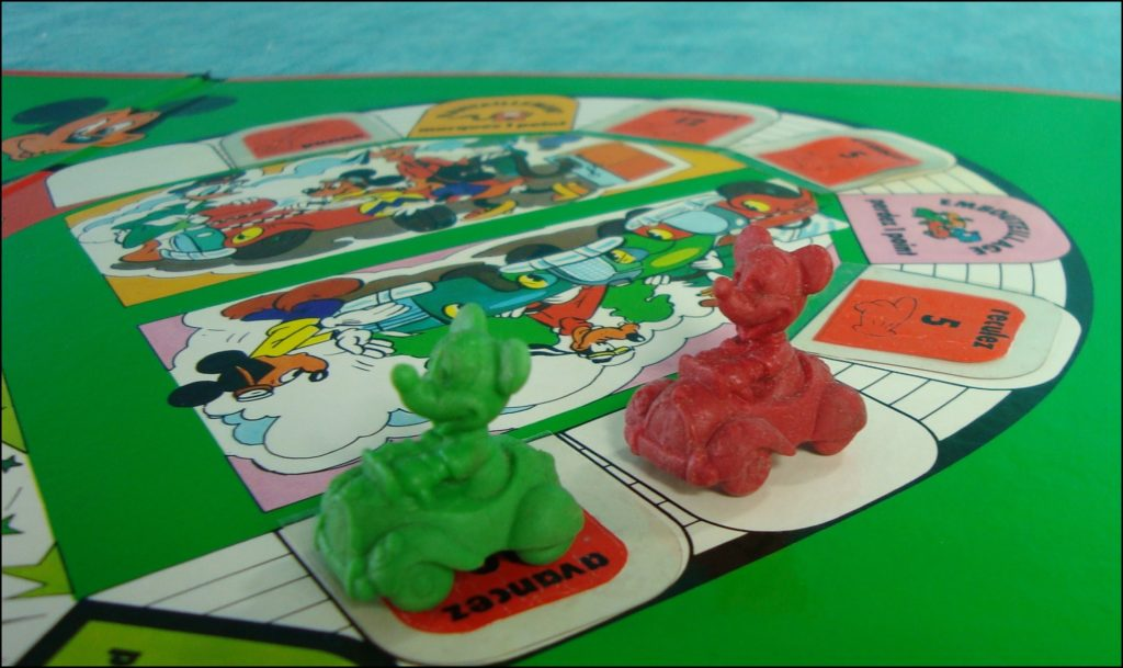 Brettspiel ; Board game ; Jeu de société ; 1979 ; Mickey Parade ; éd. Miro ; Pluto ; Minnie Mouse ; Donald Duck ; Mickey Mouse ; Disney