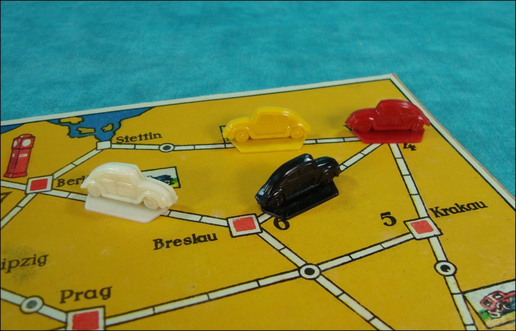 1938 ; Auf Autostrassen durch Europa ; Klee Spiel ; Volkswagen ; Käfer ; Coccinelle ; Beetle ; split window ; vintage car-themed board game ; ancien jeu de société automobile ; Antikes Brettspiel Thema Automobil ;