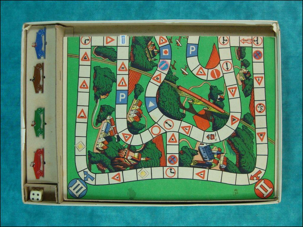 1935-40 - Verkehrszeichenspiel, Abel Klinger ; Bugatti type 35 ; vintage car-themed board game ; ancien jeu de société automobile ; Antikes Brettspiel Thema Automobil ;