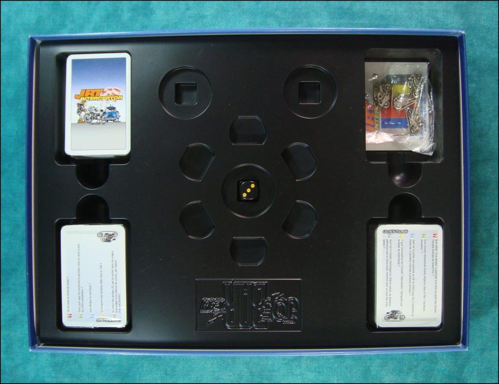 1995 - JBT Interceptor ; Vent d'Ouest ; Debarre ; Bar2 ; Jean-Raoul Ducable ; Edouard Bracame ; Jean Manchzeck ; Guido Brasletti ; Joe Bar Team ; Lucane ; vintage car-themed board game ; ancien jeu de société automobile ; Antikes Brettspiel Thema Automobil ;