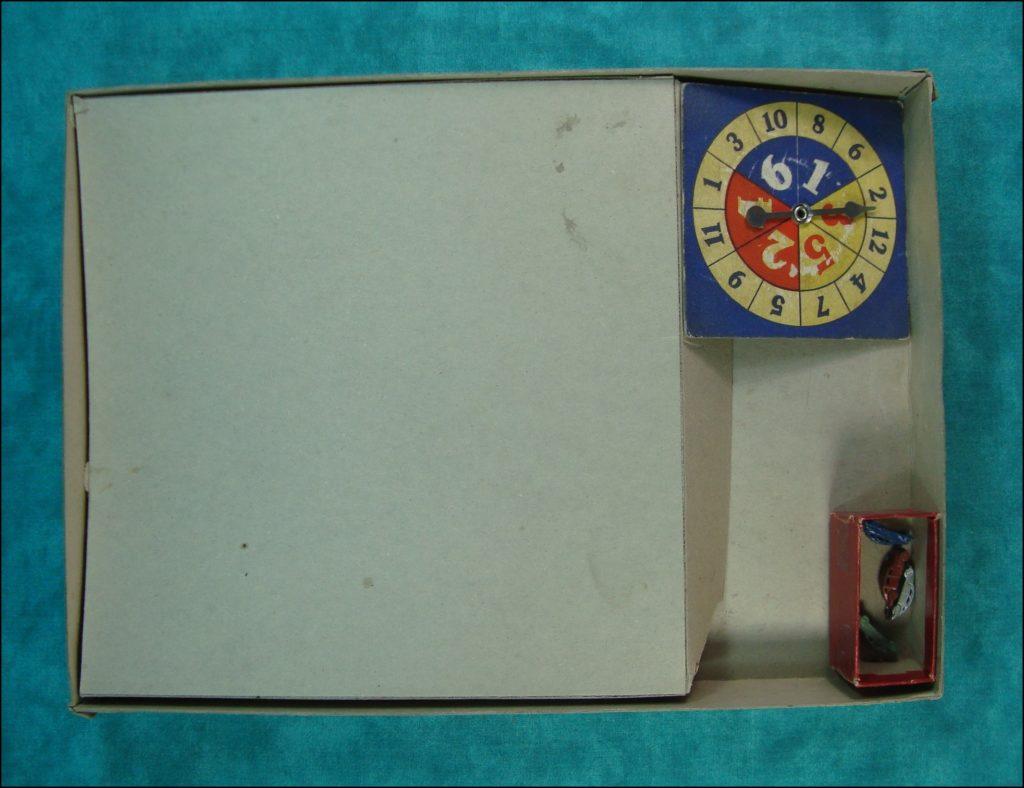 1938 ; 1945 ; Prowl Car ; All-Fair ; Fairchild ; vintage car-themed board game ; ancien jeu de société automobile ; Antikes Brettspiel Thema Automobil ;