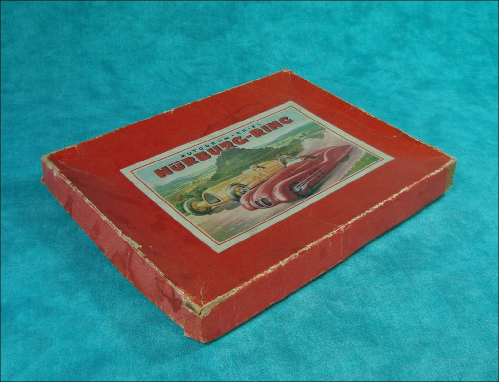 Autorenn-Spiel ; Nürburg-Ring ; Nürburgring ; Starkedruck ; vintage car-themed board game ; ancien jeu de société automobile ; Antikes Brettspiel Thema Automobil ;
