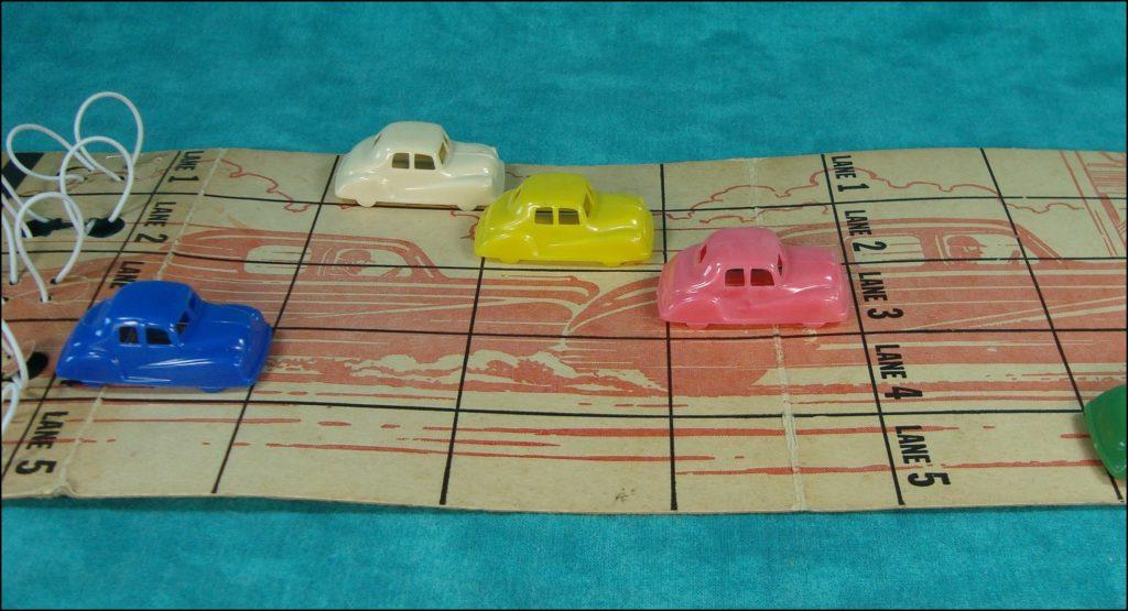1945 ; 1950 ; Stock Car Races ; Empire Plastic Corp 51 ; vintage car-themed board game ; ancien jeu de société automobile ; Antikes Brettspiel Thema Automobil ;